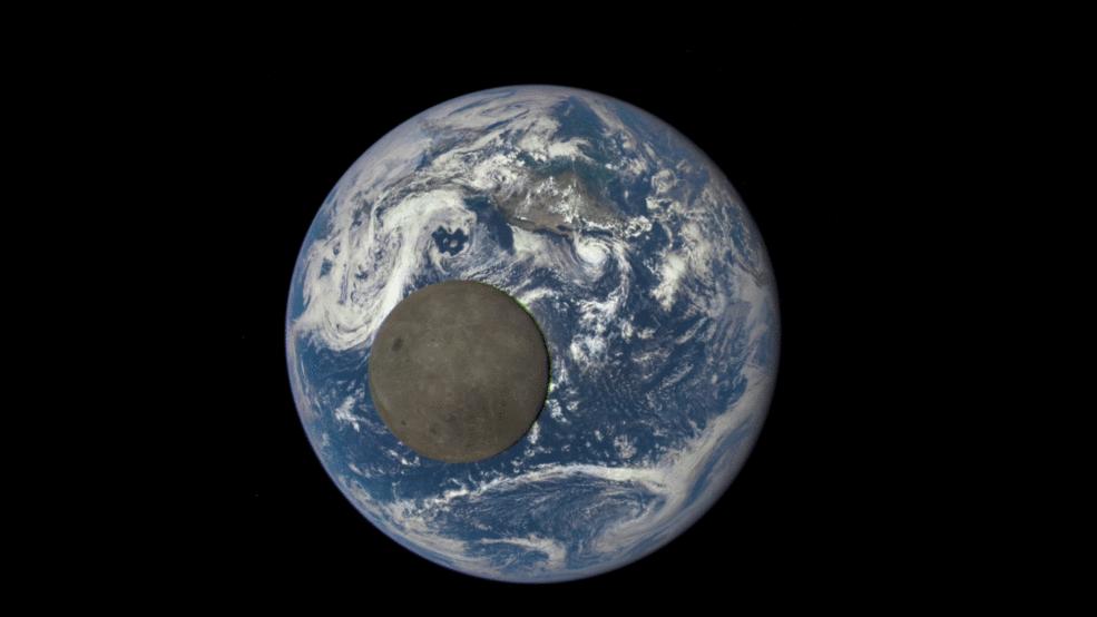 moon transit nasa earth pic9