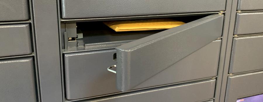 package ready for pickup - amazon locker