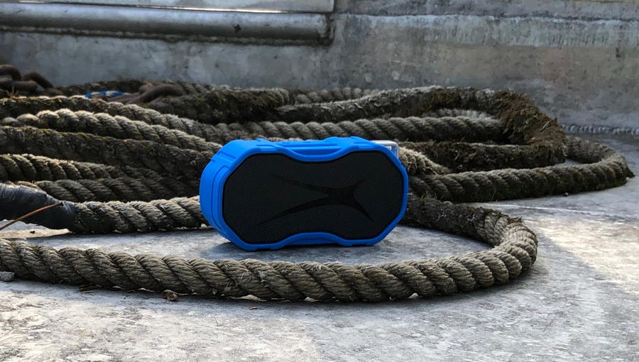altec lansing baby boom xl surrounded by heavy rope