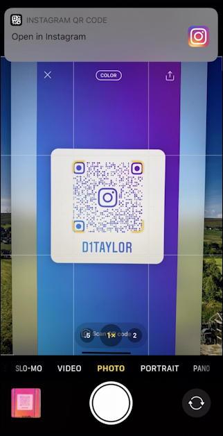 iphone camera - qr code - go to link - instagram