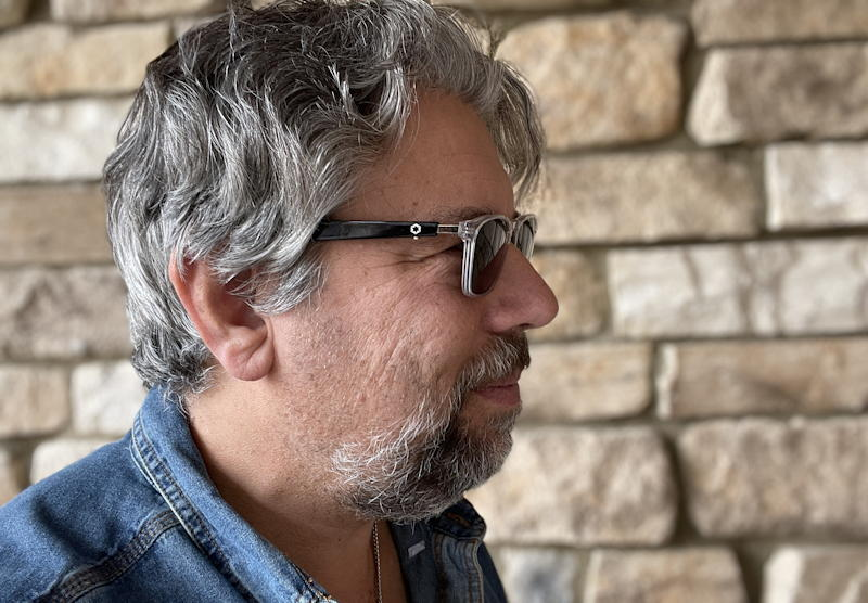 dave taylor wearing lucyd lyte bluetooth sunglasses
